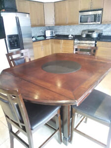 Dinning table with chair's