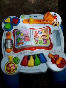 Leap Frog  Activity Play Center