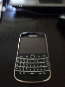Blackberry Bold 9900 used