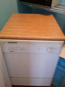 Great for the Cottage!! Full-sized portable dishwasher (Kenmore)