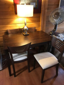 Must go by next week! 4 chair set dining table.