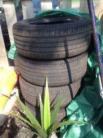Brigdestone runflat 255/55R18