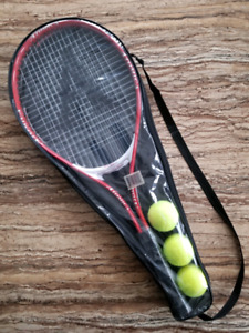 """Tennis Combo 27"""" 2 Racquets and 3 Balls"""