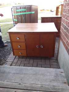 Table /cabinet today 40.00