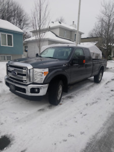 Ford F250 SUPER DUTY 4x4 Cabine Double caisse longue XLT 2016