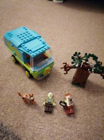 Lego mystery machine set