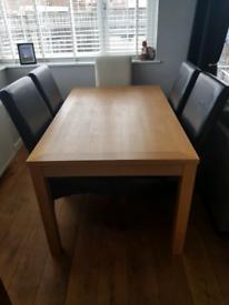 Real oak veneer dining table