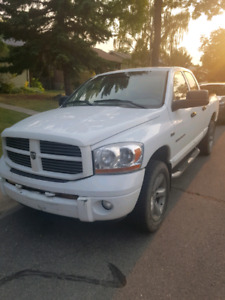 2006 dodge ram 1500 sport 4x4. NEED GONE