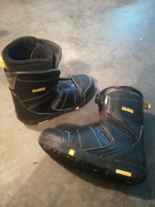 """Snowboard Boots size 10"""""""