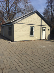 One bedroom House For Rent in Tecumseh (Riverside Dr East)