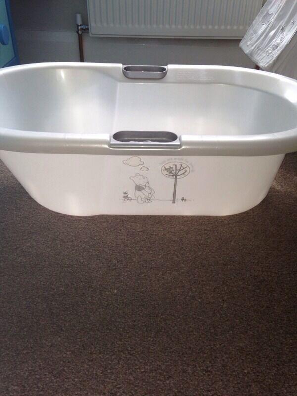 starry night baby bath in huyton merseyside gumtree. Black Bedroom Furniture Sets. Home Design Ideas