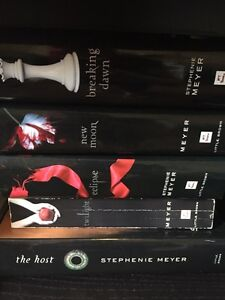 ~ Twilight Hardcover Book Collection