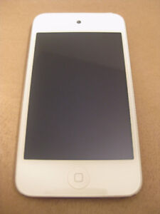 32GB iPod Touch 4