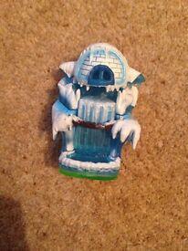 Skylander Giant Empire Of Ice Figure