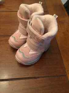Size 4 winter boots