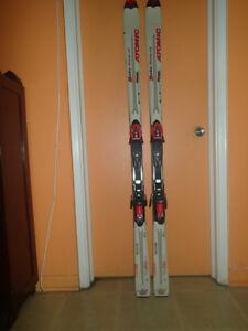 Skis Atomic Beta Ride 9.20 / 170 cm