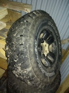 31 by 10.5 by r15 tires on 96 Tacoma aluminum wheels