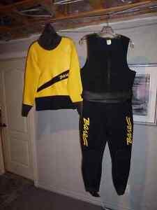 Combinaison de plongée (Dry suit) pour homme de marque Bare.