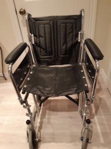 Chaise roulante de transport léger