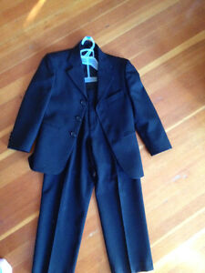 Child's size 7 dress suit