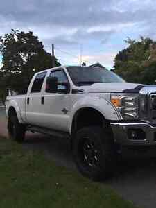 2011 Ford F250 Xlt lifted