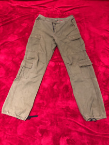 Cargo pants for Men - Camouflage green - Small Regular ($50)