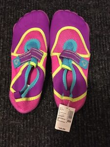 Girl's water/beach/pool  shoes - new with tags size 3
