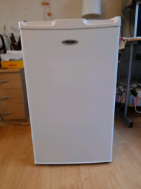 Fridge By 'Fridgemaster' Frost Free 14 Months Old In Super Condition