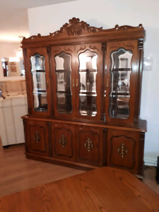 Display  Cabinet & Dinning Table Set