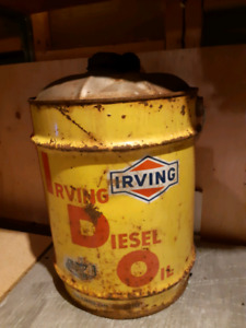 Vintage irving oil can