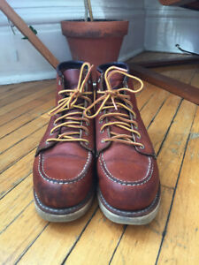 Women's Red Wing Moc Toe Boot size US 8