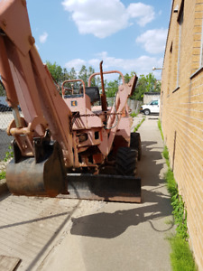 Ditch Witch 5010DD Trencher w/ Vibratory Plow For Sale.