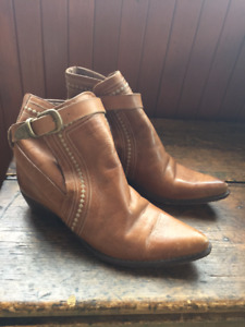 Guess Leather Western Style Booties - Womens's 9.5