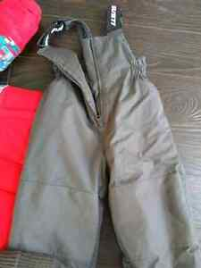 Gusti Snowsuit size 2.-used twice only!!! Cambridge Kitchener Area image 3