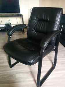 Leather computer chair - 60$