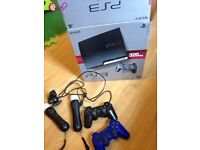 PlayStation 3 Sony Move Blu-Ray player slim 320gb 2 controllers 2 wands camera