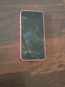 Apple iphone 5c coral/pink 32gb  w/ roots case