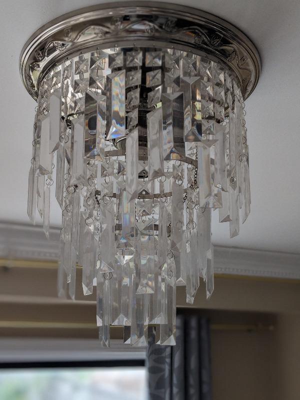 Ceiling chandelier   Indoor Lighting & Fans   Cambridge   Kijiji