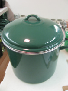 Cooking Pot Large Green with Handles