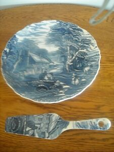 """Old Foley"" James Kent  Cake Plate and Server"