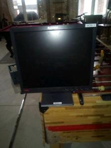 17 inch Lenovo computer monitor