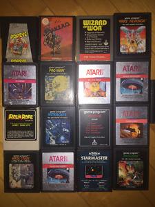 Atari 2600 + 2 manettes + 17 Jeux