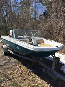 16 ft Bowrider Boat, Trailer and Johnson 70hp Seahorse - SOLD
