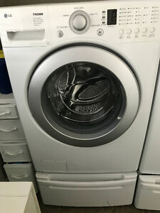 LG WASHER/DRYER- white/electric