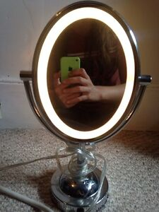 Light up makeup mirror for sale
