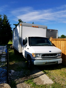 2001 Ford e350 16 foot cube truck