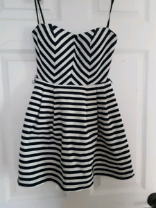 Cute dress size small