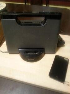 Ipod 8G with docking system