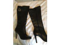 Black dune boots