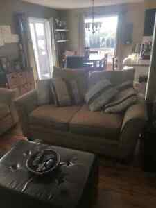 Couch and loveseat Kawartha Lakes Peterborough Area image 1